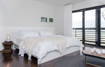 American-inspired-bedroom-decor