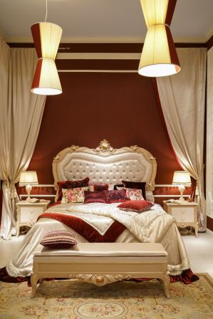 Baroque-classic-bedroom-decor-with-red-and-velvet-satin-accents