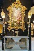 Baroque-framed-floral-pattern-wallpaper