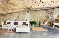 Cave-house-living-room-decor