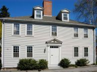 Colonial-home-in-grey