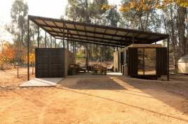 Container-House-by-Plannea-Arquitectura-Constanza-Dominguez-C