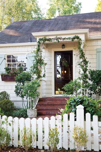 Cottage-Style-Home-With-Vines