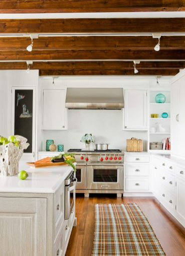 Cottage-Style-Home-Wood-Beams