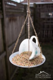 DIY-Teacup-Bird-Feeder