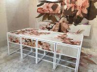Feminine-floral-pattern-dining-room-table
