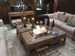 How-to-decorate-the-coffee-table