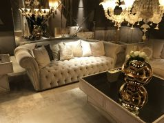 Large-mirror-walls-behind-the-sofa-a-baroque-style-tip