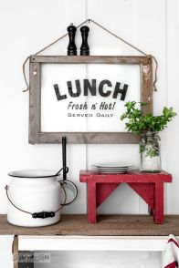 Lunch-sign-on-an-old-window-frame