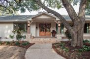Ranch-Home-Design-deep-porch