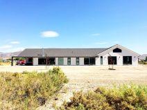 Ranch-Home-Design-dual-tone-exterior