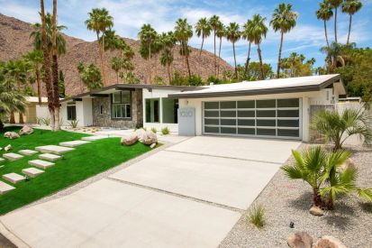 Ranch-Home-Design-stone-pathway