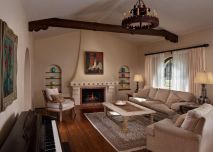 Spanish-interior-design-with-stucco