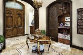 Traditional-English-manor-house-with-opulent-details-in-Texas-entryway