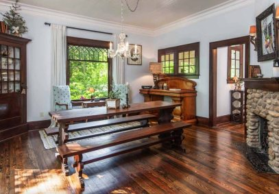 Victorian-farmhouse-in-Georgia-dining-bench