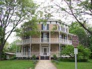 Victorian-octagon-three-story