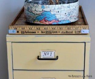 Yarstick-vintage-tray