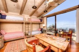 floor-to-ceiling-windows-bunk-beds