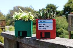 floppy-disk-planter-DIY