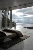 daring-glass-bedroom-design-ideas-15