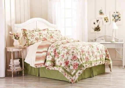dreamy-spring-bedroom-decor-ideas-23-554x390