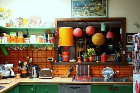 happy-colorful-kitchen