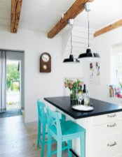 inviting-kitchen-designs-with-exposed-wooden-beams-34-554x714