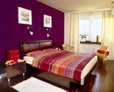 purple-accents-in-bedroom-10-554x449