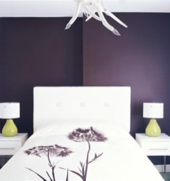 purple-accents-in-bedroom-23