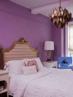 purple-accents-in-bedroom-27