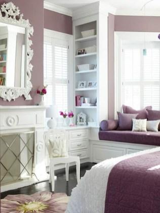 purple-accents-in-bedroom-41