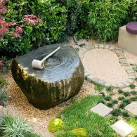 relaxing-japanese-inspired-front-yard-decor-ideas-8