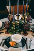 ripe-pears-will-make-your-tablescape-chic-stylish-and-cool-and-will-accent-it-with-a-natural-and-rustic-feel