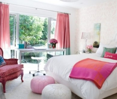 romantic-and-tender-feminine-bedroom-designs-67-554x468
