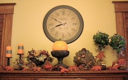 thanksgiving-mantelpiece-decor-ideas-33-554x349