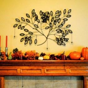 thanksgiving-mantelpiece-decor-ideas-9-554x554