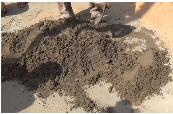 Mixing of Cement-Sand Mortar (Source: YouTube/ SkillTrain)