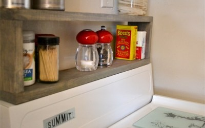 Extra storage in a small kitchen: DIY shelf above the stove
