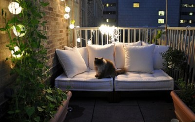 Small balcony decoration inspiration