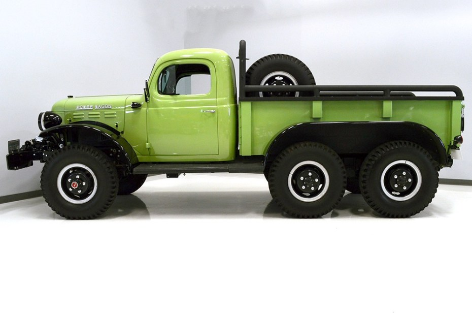1947 Dodge Power Wagon 6×6 with a 4BT