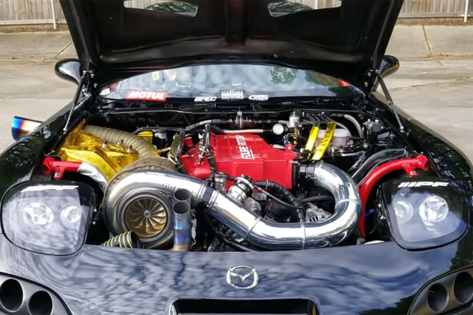 1993 Mazda RX-7 with a turbocharged 26B four-rotor