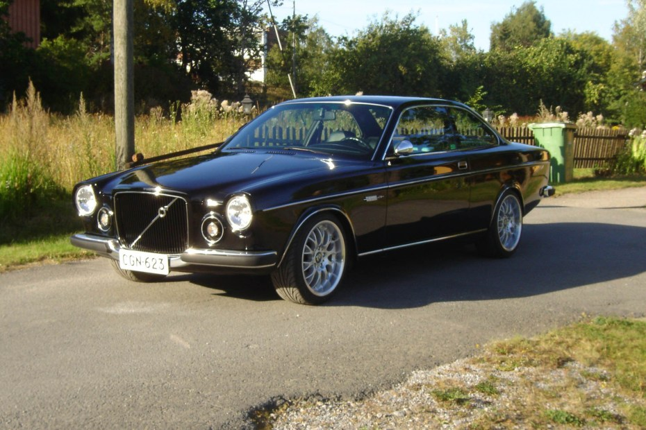 Volvo 164 with a BMW V8 and M3 chassis