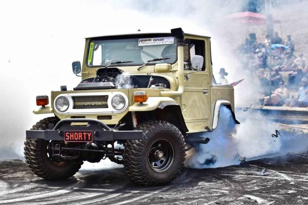 1972 Land Cruiser with a Supercharged 406 ci Chevy V8