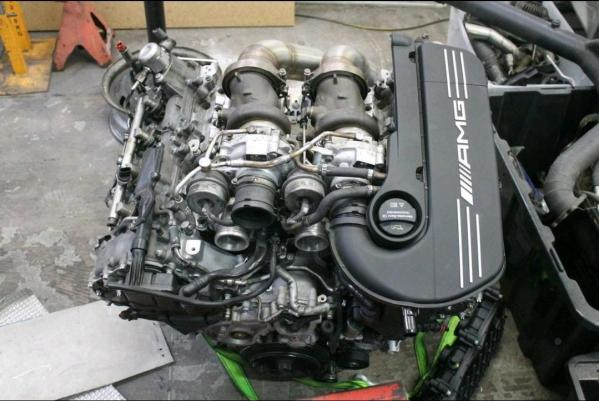 Mercedes Twin-Turbo M177 V8 going into James Pinch's Nissan S15