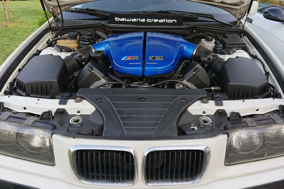 BMW E36 Wagon with a S85 V10