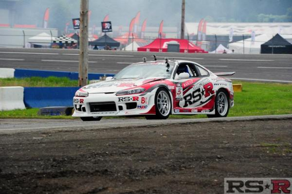 Nissan S15 built by RS-R with a Twin-Turbo 3.7 L VQ35 V6