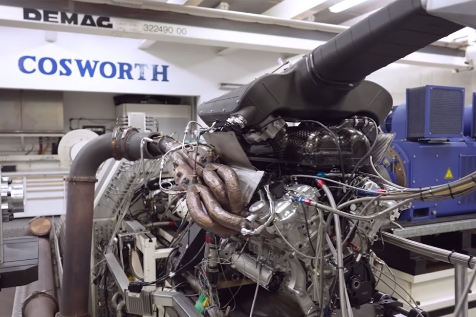 Gordon Murray T.50's V12 revs to 12,100 rpm on dyno