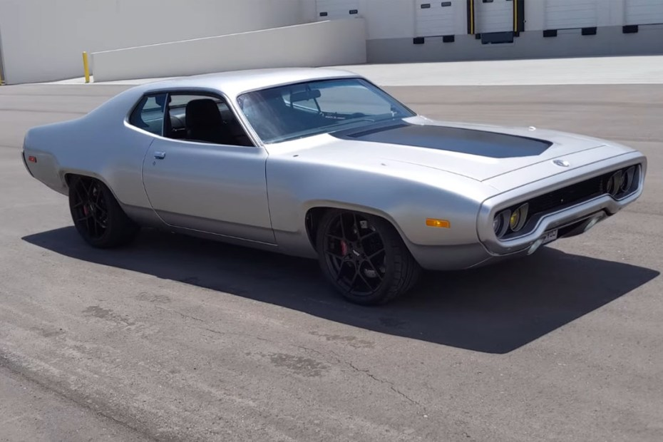 1972 Plymouth Satellite with a Tesla Model S motor