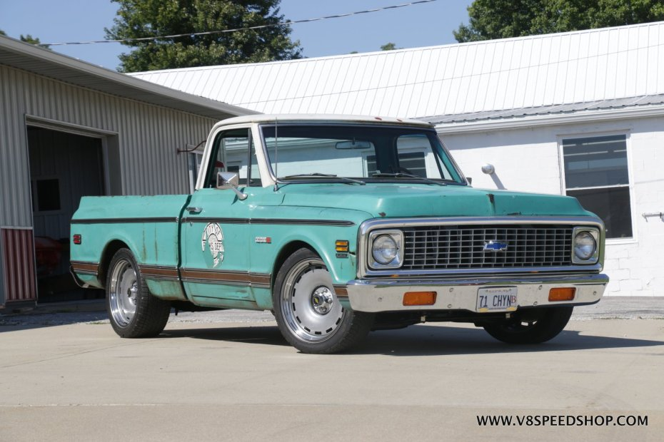 1971 Chevy C10 with a 383 ci V8