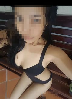 Escort Female in Castle Cary